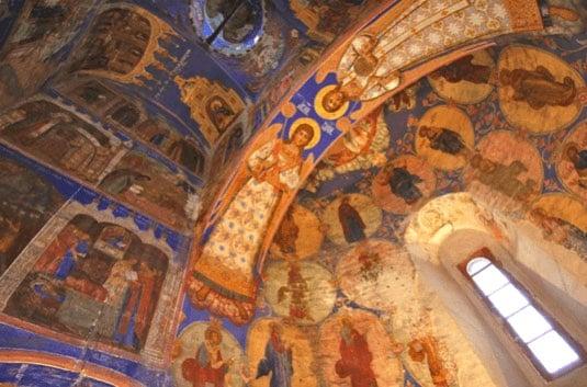russia experiences churches